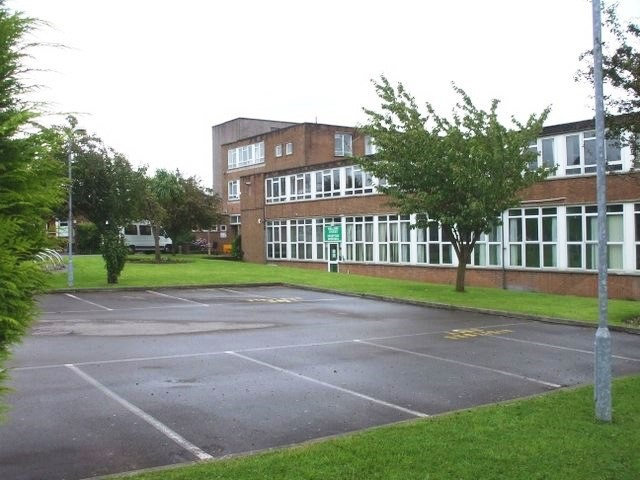 llanishen-high-school.jpg